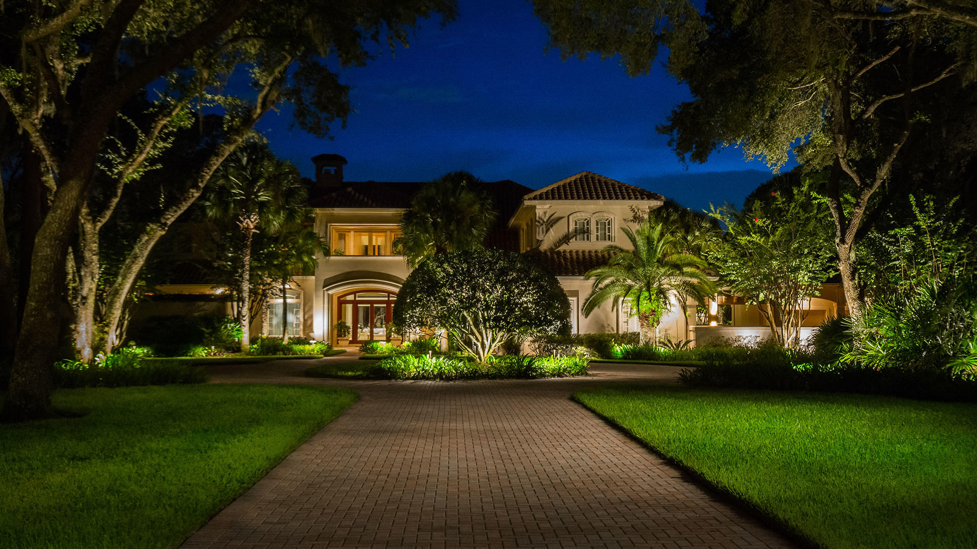 Landscape Lighting Houston - SWP Landscaping Company Houston