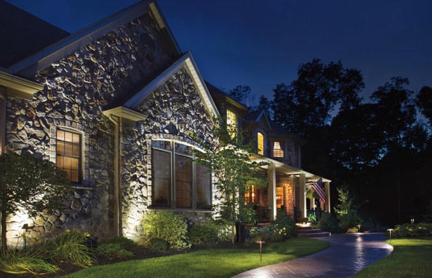 spot lights - landscape lighting - houston landscaping